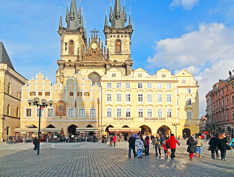 winter in old town square, one of the best times to visit prague