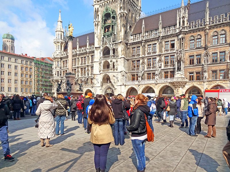 the Marienplatz, the old medieval marketplace in Munich, a must-see during two days in Munich