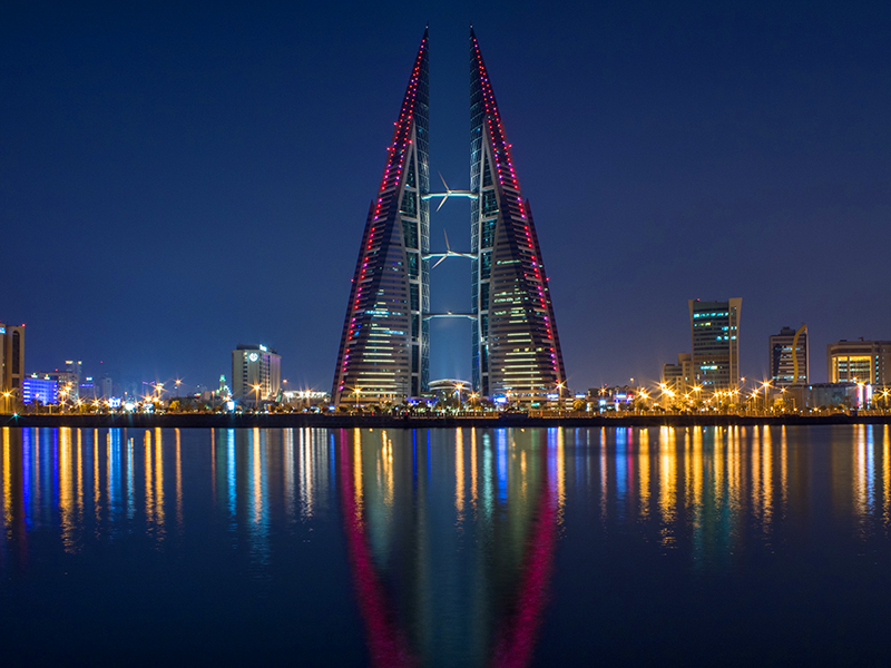 viewing architecture at night, one of the things to do in Bahrain